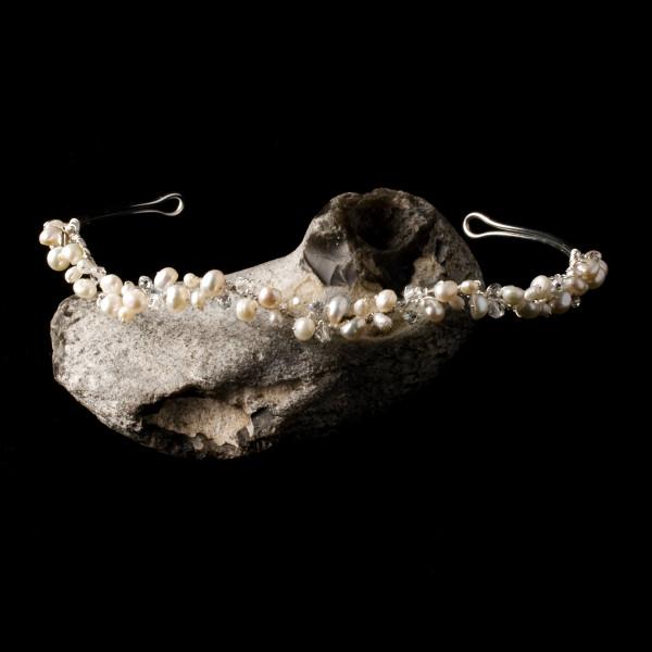 Diadem mit Perlen, Strasssteinen und Glasperlen, wellenförmig, creme