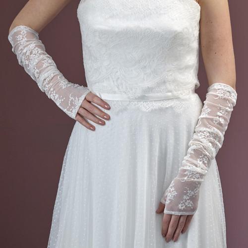 Brauthandschuhe 'Peja' fingerlos aus Spitze