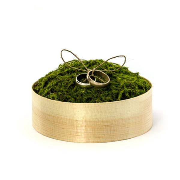Ringbox aus Holz mit Kunstmoos
